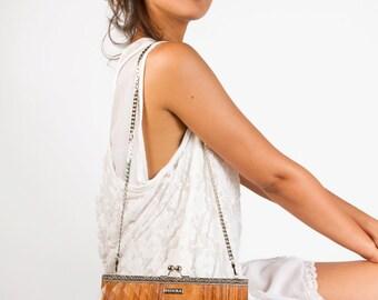 wood-bag-eco-purse-vegan-bag-Wood-of-rosewood-Sophia-vintage-style-bag