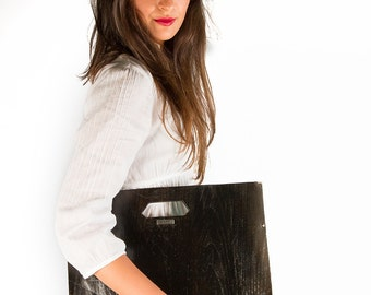 wood-document-holder-with-handle-black-version-handmade-in-Italy-quality-hand-made-bags-and-purses