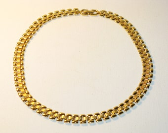 Vintage Monet Gold Tone Book Chain Necklace (N-1-1)