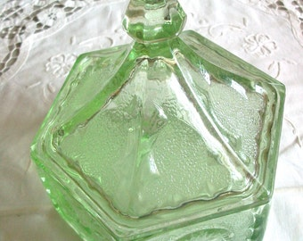 Green Vintage Colonial Style Pressed Glass with Lid and Pointed Handle, Stars, Eagles, Collector's Glass, Vintage Glass