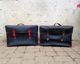 Rare pair of vintage panniers - Bicycle saddlebags - moped ou motorcycle bag 60s