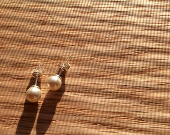 Classic Pearl Earrings,Swarovski Pearls,Chic,Studs,Sterling Silver