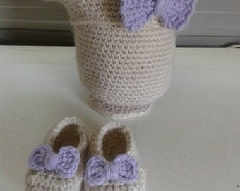Bow Beret with Bow Slippers