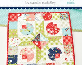Flower Patch MINI Quilt Pattern by Camille Roskelley of Thimble Blossoms