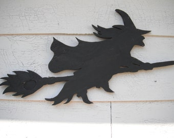 Flying Witch Broom Wood Halloween Party Decoration Sign Wooden Hand Made Hand Painted Wall Sign Decor Cottage Chic Home & Living