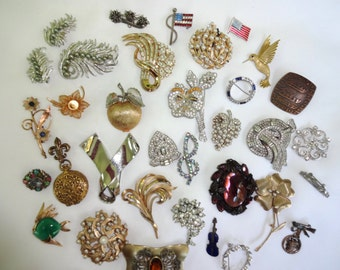 Vintage Rhinestone Pin's Brooches and clips