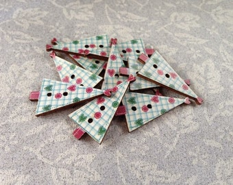 Christmas tree buttons pack of 7