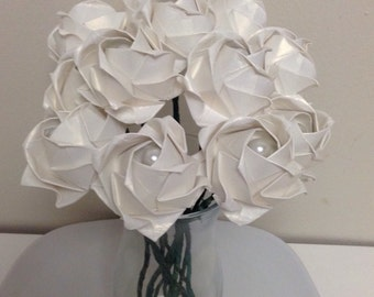 Paper roses / Origami  flowers bouquet of a dozen ( 12 roses ) white-shiny