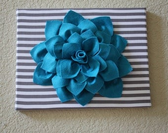 3-D Flower Canvas