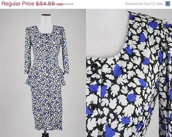 ON SALE Vintage 80s Avant Garde Secretary Dress Peplum Button Front Leaf Pattern XS/S
