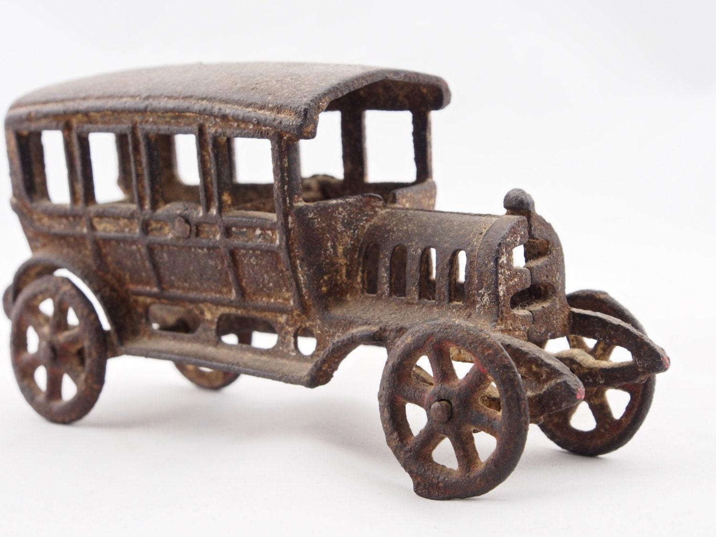 Vintage Cast Iron Toy 82