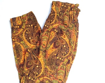 Vintage paisley print pants. Loose fit high waisted, tapered leg pants.