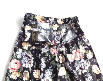 Retro floral print skirt. Vintage skirt