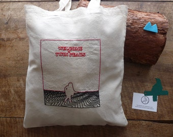 In Twin Peaks #6 : Black Lodge - The man from another place - hand-embroidered cotton tote bag / embroidered bag - black, red and burgundy