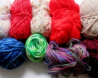 Mixed lot Yarn, Assorted Color, Fiber Craft Supply, Destash Bag of Yarn, 1 lb 7 ounces,   Felting Supply, Crochet, Knitting, Balls of Yarn,