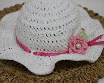 Girl's crocheted summer hat
