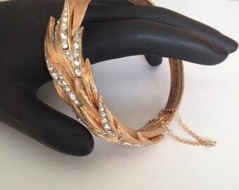 Unsigned Stunning Florentine Feather Rhinestone Bracelet