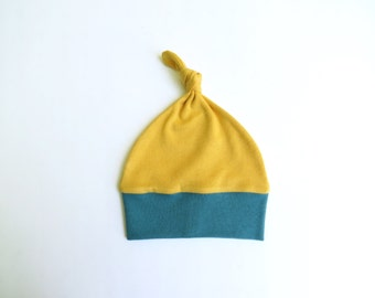 Baby knot hat 100% certified organic knit cotton. Newborn beanie. Colorblock. Modern baby hat.