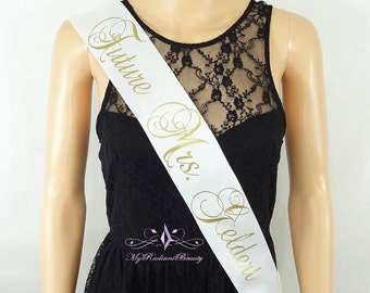 Bachelorette Sash, Bride To Be, Bridal Sash, Hen Party Sash, Personalized Future Mrs Bride Sash, Wedding Sash, Sash Belt, MRBBridal BS0016