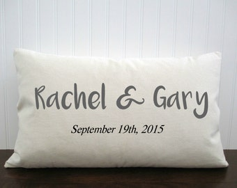 Cotton Pillow Cover with Names. Anniversary Gift. Wedding Gift.  Burlap Pillow. Zipper enclosure. Rustic home decor. Rustic Chic.