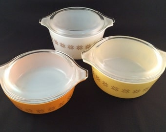 Pyrex Town and Country 6 Piece Set - Cinderella Bowls - Casserole Dish