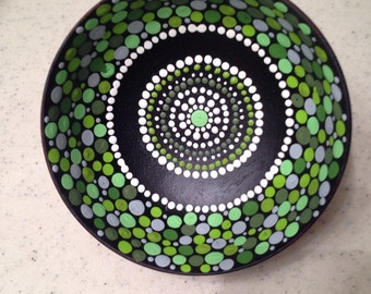 Green dot bowl