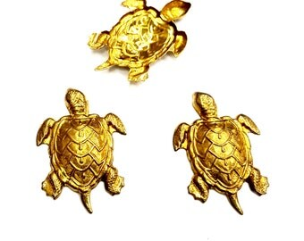 5 Pieces Stamped Sea Turtle Findings, Textured and Detailed, Raw Brass, Vintage, 37x25mm