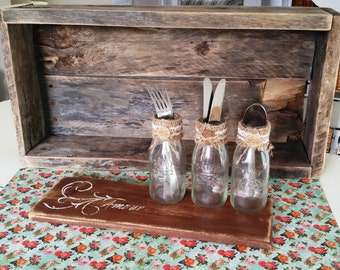 3 small pots and serving tray or decorative (love)