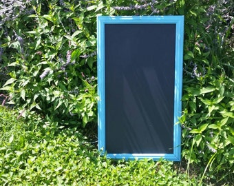 Distressed chalkboard