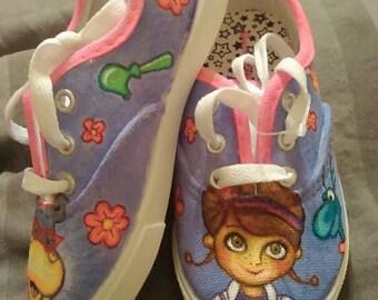 Doc McStuffins. Painted shoes. custom.