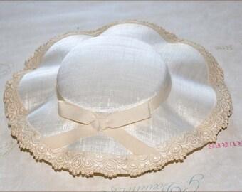 Ivory Wide Brim Hat, Ivory Linen Hat, Ladies Wide Brim Hat, Ivory Hats, Ivory Tilt Hat, Linen Tilt Hat, 1940's Tilt Hat, Wide Brim Tilt Hat