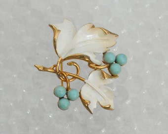 Vintage 1960's Signed Sarah Coventry Brooch, Blue and White, 'Placid Beauty'