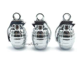 10 pieces - Hand grenade Charms Pendants Findings Silver Tone CS-084-MAS.18