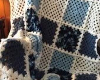 Crochet Granny Square Afghan - Gingham pattern