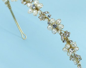 Bridal Headband of  Rhinestone-Accented Freshwater Pearl, Rhinestone-Encrusted Leaves and Rhinestone Flowers (#93D5fwpag)