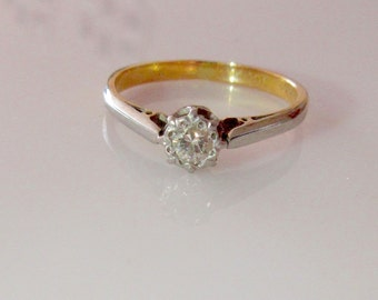 18ct White and Gold Diamond Solitaire Ring 0.15 carat