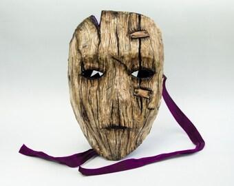 Wood grain effect mask. (Example.)