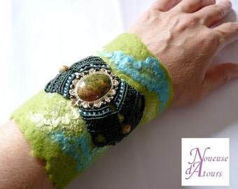 Green Cuff Bracelet felted wool and micro-macrame