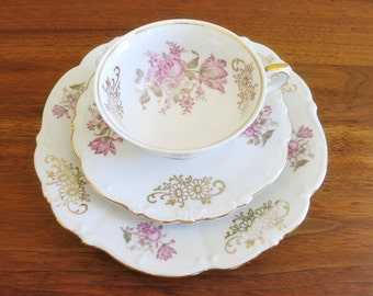 Vintage Teacup Trio, Bareuther Bavarian Fine China Roses and Gold Daisy Motif, Gold Gilt Trim; Teacup, Saucer and Small Snack Plate