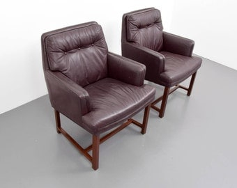 edward wormley leather armchairs set of two