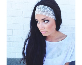 Yoga Headband in Metallic Silver Lace