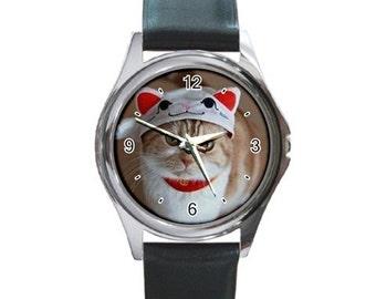 I taut I tau a puddy tat Cat On Cat   Round Metal Watch