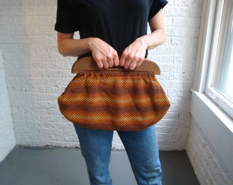 vintage 70s wooden handle brown and orange clutch