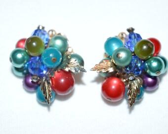 Vintage cluster clip on earrings.