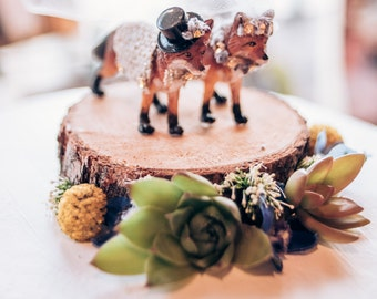 Fox Wedding Cake Topper/ Woodland Wedding Cake Topper/ Rustic Wedding Cake Topper