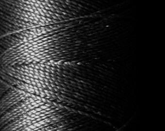Black macrame cord bobbin. Waxed polyester thread spool. Linhasita. Art supply. 172 m / 188 yds, 1 mm thick  (PRETO)