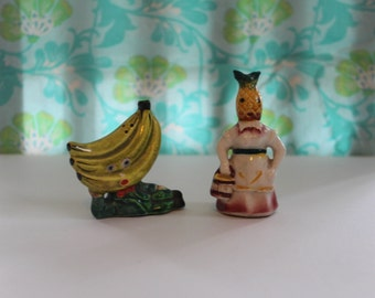 Anthropomorphic Face Shakers- Vintage Banana man and Pineapple woman Shakers