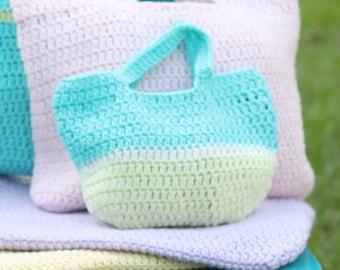 Small Crochet Tote