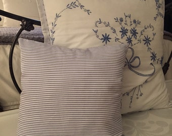 Striped pillow with ties