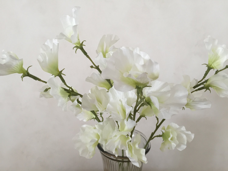 White Sweet Pea Silk Flower Bush Artificial Faux SilkWhite Sweet Pea Flower